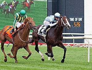 Closing Divine Oath Snatches American Derby