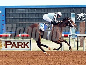 Racing at Zia Park.