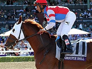 Groupie Doll Gets Familiar with Gulfstream