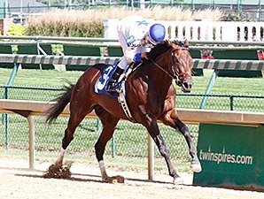 Kentucky Jockey Club Post Fits Almost Famous