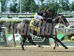 Street Story comes home strong to win the Victory Ride.