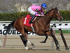 La Verdad Shows Her Heels in Distaff Handicap