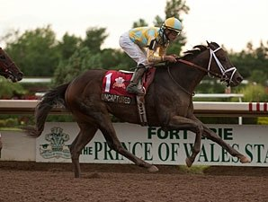 Uncaptured is Class of Smarty Jones Stakes
