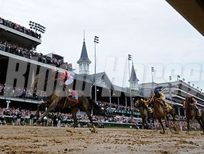 "<br><a target=""blank"" href=""http://photos.bloodhorse.com/TripleCrown/2013-Triple-Crown/Kentucky-Derby-139/29213460_Rcqkd4#!i=2493590430&k=Gsvp3MK"">Order This Photo</a>"