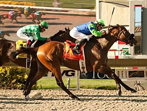 Rail Trip Steams Home in San Diego Handicap