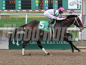 Beanwah'smachine wins the 2011 Colts and Geldings Division of the Louisiana Futurity