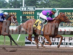 Cool Bullet wins the 2010 Rumson Stakes.