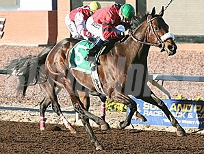 Peppers Pride wins New Mexico State Racing Commission Handicap.