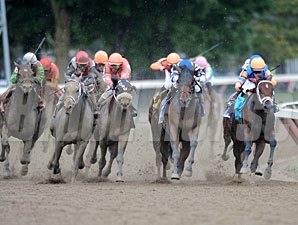 Stay Thirsty wins the 2011 Travers.
