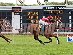 Grandma's Rules wins the 2013 Gaily Gaily Stakes.