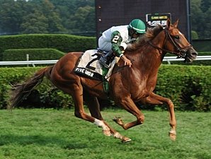 Five Iron Continues Roll in Saranac Stakes