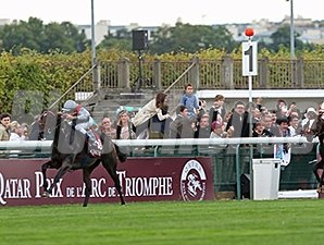 Treve wins the Qatar Prix de l'Arc de Triomphe (Fr-I).