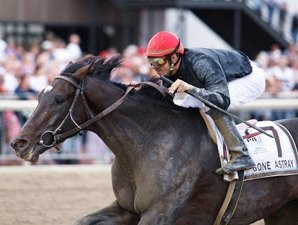 Gone Astray Leaves 'em Behind in Pa. Derby