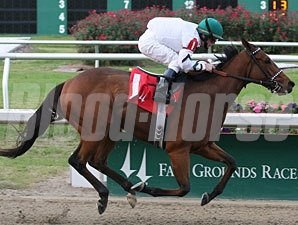 Comedero wins the 2009 Old Hickory Stakes.