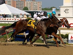 Heart Ashley Holds On For Miss Preakness Win