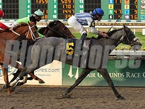 Don Dulce Maiden Win 12/30/10 Fair Grounds