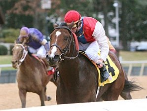 Dryfly Easily Captures Smarty Jones Stakes