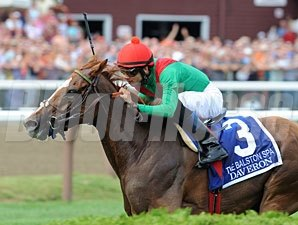 Daveron wins the 2011 Ballston Spa.