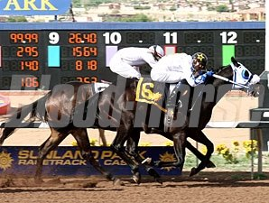 Haitian Hero wins the 2010 KHEY-Y-96 Sprint Stakes.