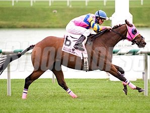 Natural Seven wins the 2009 Maryland Million Turf Sprint.