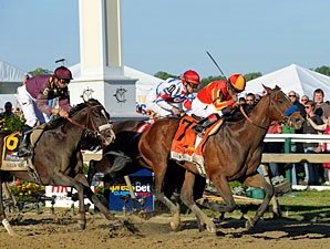 Lookin At Lucky Gets Redemption in Preakness