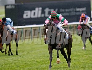 Dream Ahead wins the 2010 Shadwell Middle Park Stakes.