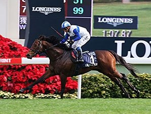 King Kamehameha Son Dominates in Hong Kong
