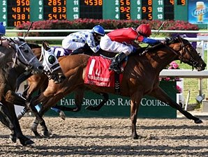 Quiet Temper Gets Up to Win FG Oaks