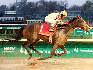 'Dundalk' Dusts Field in Falls City Handicap