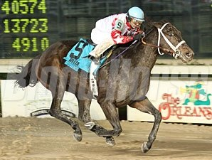 Harlan Street wins the 2009 Delta Mile.