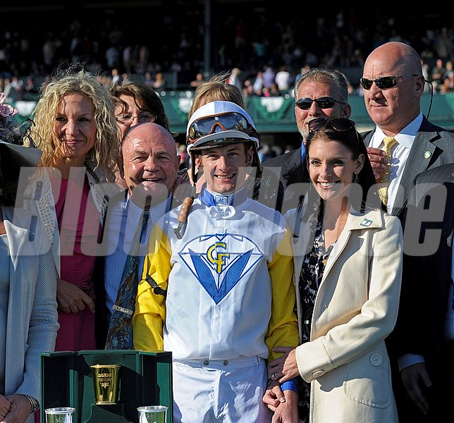 Presentation to the winning connections of Java's War for the 2013 Blue Grass Stakes.