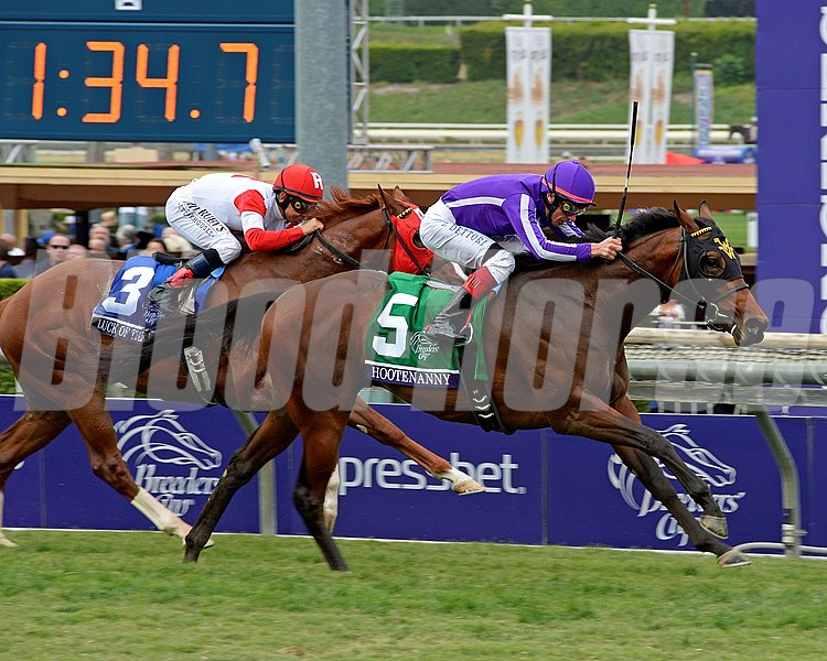 Hootenanny, a Quality Road colt owned by the connections of Coolmore Stud, wore down pacesetter Luck of the Kitten to win the Grade I Breeders' Cup Juvenile Turf.