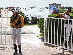 Apprentice Vergara Jr. Notches First Win