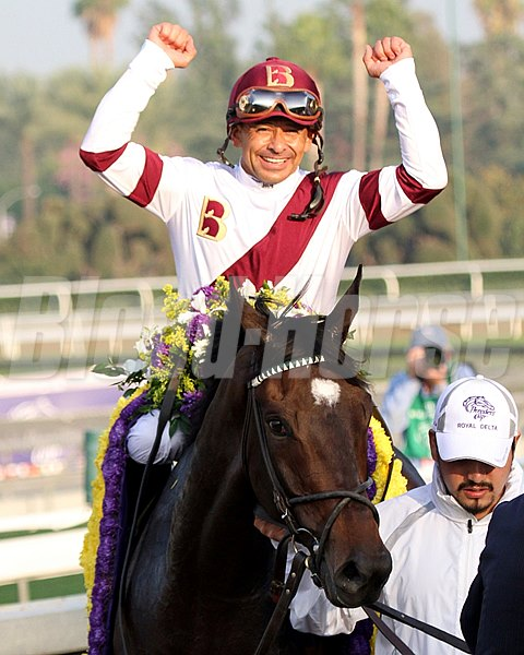 Mike Smith and Royal Delta after the 2012 Breeders' Cup Distaff (gr. I).