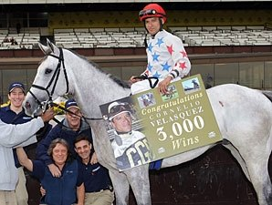Cornelio Velasquez Records 3,000th Victory