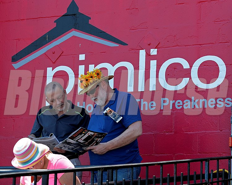 Caption:  scene, hat, sign, fashion, patrons