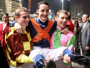 Three Jockeys Share HK Jockeys' Title