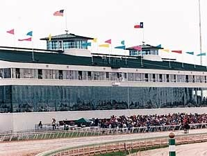 Sam Houston Officially Cancels Fall Meet