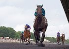 Midnight Cello Soars in Hanshin Cup
