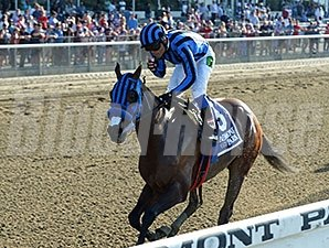 Private Zone runs away with the Belmont Sprint Championship.