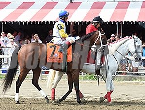 Unbridled Forever wins the 2015 Ballerina.