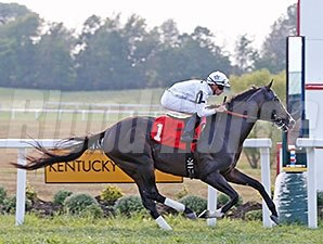 Tourist comes home strong to win the More Than Ready at Kentucky Downs.
