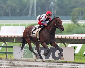 Bradester Repeats in Monmouth Cup