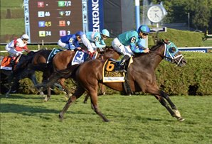 Strike Charmer Bests Lady Eli in Ballston Spa