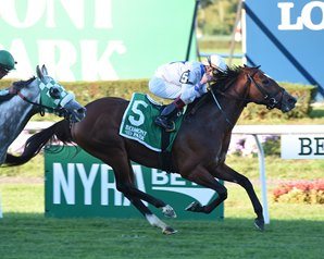Heart to Heart Speeds to Knickerbocker Win
