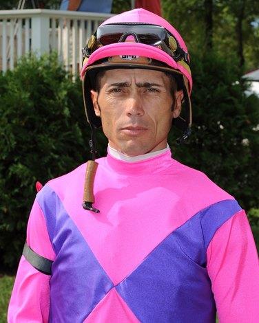 Jockey Garrett Gomez Dies At Age 44 Bloodhorse Com