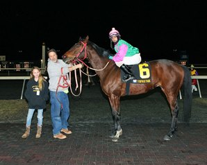 12-year-old Owner Hannah Schlenk Wins First Race