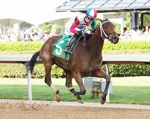 Inside Straight Springs Oaklawn Handicap Upset