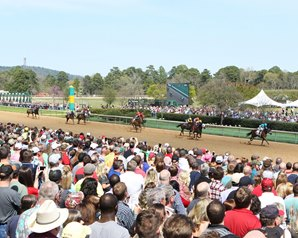 Record Purses, Increased Handle at Oaklawn Park