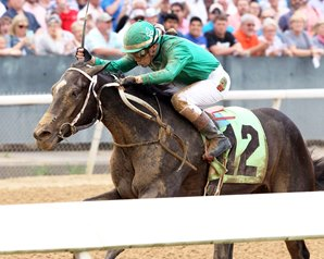 Ever So Clever Rallies to First Stakes Win in Fantasy